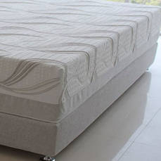 Queen Alpine Ash 14 Memory Foam Mattress