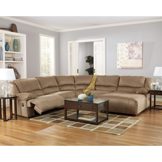 Signature Design by Ashley Hopkins Sectional in Mocha