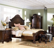 Signature Design by Ashley New Haven Complete Panel Bed