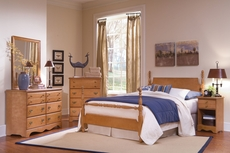 Carolina Furniture Works Common Sense Full Poster Complete Bed in Maple