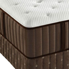 Stearns and Foster Latex San Benito County Ultra Plush Queen Mattress Set OVMB0717125 - Clearance Model ''As-Is''