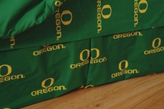 College Covers University of Oregon Printed Dust Ruffle