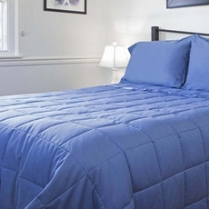 Design Weave Outlast Temperature Regulating Blanket in Midnight Blue