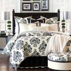 Evelyn Button-Tufted Comforter by Eastern Accents