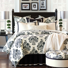 Evelyn Daybed Hand-Tacked Comforter by Eastern Accents