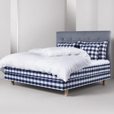 Full Hastens Maranga Bed at Hastens Detroit