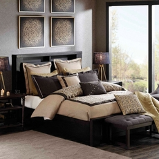 Hampton Hill Serpentine Comforter Set by JLA Home