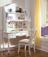 Legacy Classic Kids Madison Desk with Hutch