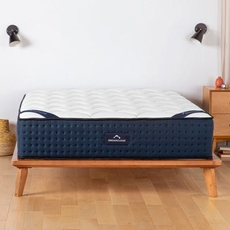 Queen Dream Cloud TT Luxury Firm 14 Inch Bed in a Box Mattress