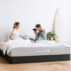 Nectar Medium 11 Inch Bed in a Box Queen Mattress Only SDMH022130 - Scratch and Dent Model ''As-Is''