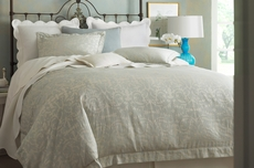 Peacock Alley Marcella Jacquard Queen Duvet Cover in Platinum