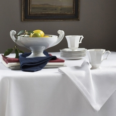 SFERRA Squire 106 Inch Round Tablecloth