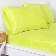 SIS Covers Crayola Twin Microfiber Sheet Set in Granny Smith Apple