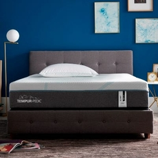Queen Tempurpedic Tempur Adapt Medium Hybrid 11 Inch Mattress Only SDMB092058 - Scratch and Dent Model ''As-Is''