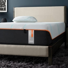 Tempurpedic Tempur Luxe Adapt Firm 13 Inch Queen Mattress Only SDMB022146 - Scratch and Dent Model ''As-Is''