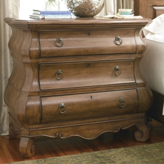 Universal Furniture Great Rooms Pennsylvania House New Lou Louie Ps Chest in Cognac